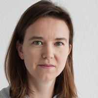 Emma Davies of www.PhotographyForBlogs.com